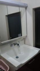 人造大理石のボウルの洗面台