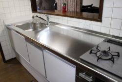 明るく清潔感のあるキッチンに♪