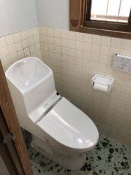 隅付タンクトイレを最新トイレへ変更