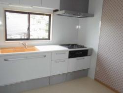 白で統一 トクラスキッチン